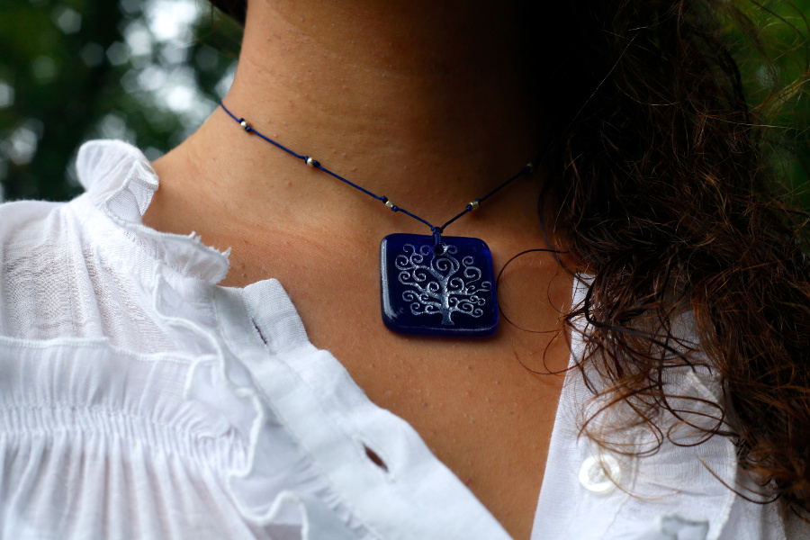 tree of life necklace model